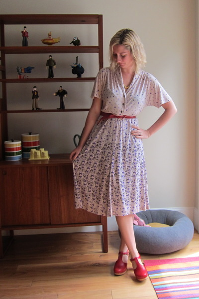 purple vintage dress - red Swedish Hasbeens clogs - red vintage belt - Erica Wei