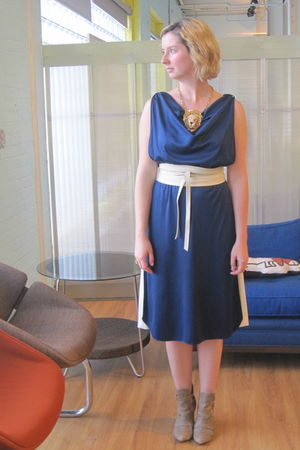 blue vintage dress - beige vintage belt - brown ModClothcom boots - gold vintage