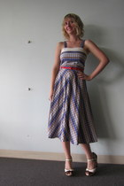 vintage dress - miss l fire wedges - ModClothcom belt