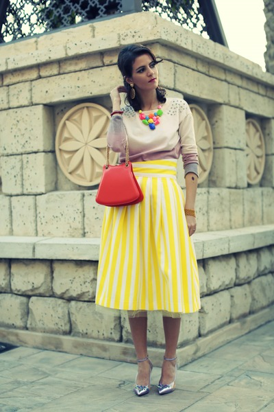 yellow Susanna Vesna skirt - carrot orange vintage bag