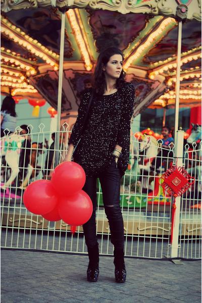 black Jeffrey Campbell boots - black romwe sweater - black leather Zara pants