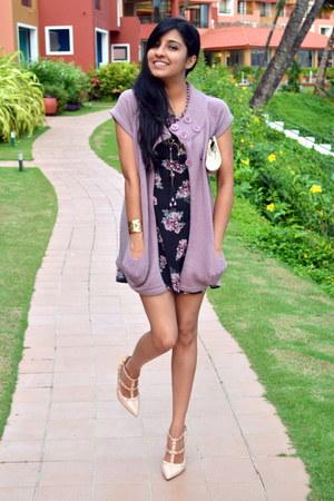 black floral print H&M dress