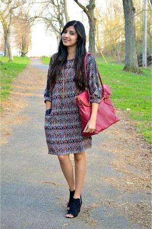maroon Jordana Paige bag