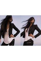 black Ode to No One jacket - white stylestalker top - black stylestalker legging