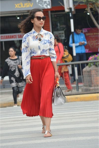 AxN sunglasses - Dulla Shoes flats - Atmosphere blouse