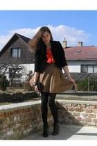 black H&M Second-hand blazer - black vintage bag - light brown Atmosphere Second