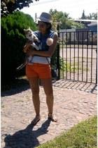 carrot orange Opposite shorts - camel straw hat Polemic hat