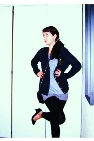 sweater - t-shirt - t-shirt - purse - shoes