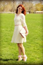 ivory lace unknown dress - pink clutch Forever 21 bag