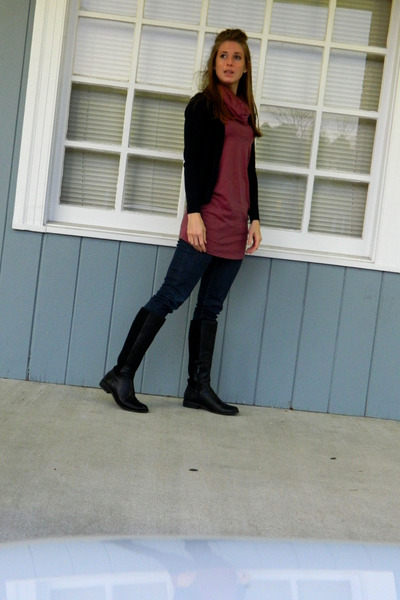 Atrex boots - banana republic jeans - Gap sweater - American Apparel top