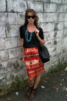 banana republic skirt - Fergalicious boots - thrifted shirt - H&M bag