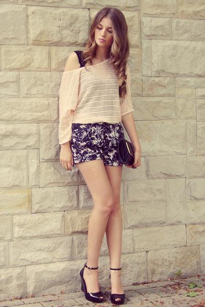 black H&M shorts - black my aunts bag - light pink H&M blouse