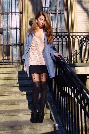light pink Sugarlips top - black Terranova skirt