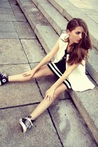black Misbehave dress - white Sheinside vest - black Converse sneakers