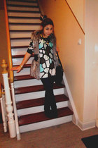 New Yorker vest - H&M dress - Zara leggings - Secondhand necklace