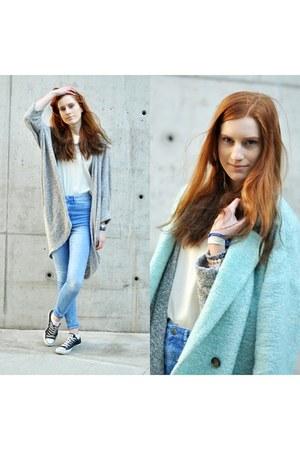 blue H&M jeans - grey American Apparel sweater