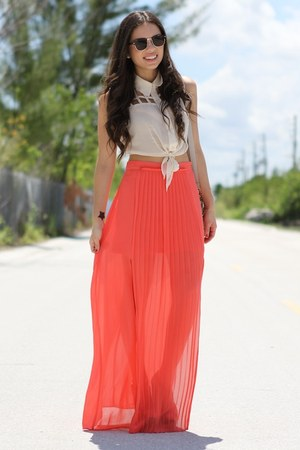 coral 2020AVE skirt - eggshell 2020AVE top - black furor moda glasses