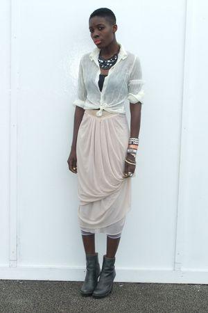 beige vintage blouse - gray Frye boots - pink H&M dress - black calvin klein bra