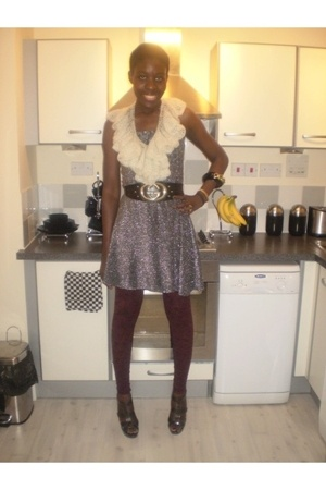 accessories - dress - belt - tights - shoes