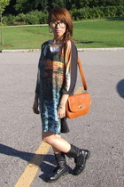 vintage boots - H&M dress - vintage purse - vintage glasses