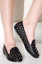 spike  stud loafers