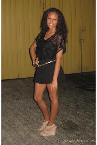black flare Express shorts - camel wedges - black lace Forever 21 top - leopard