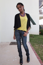 blue Guess jeans - black BCBGeneration heels - yellow Forever 21 top - deep purp