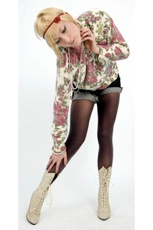 rose floral 80s sweater