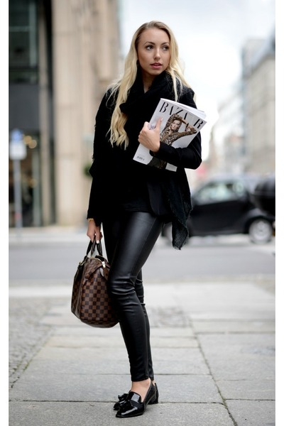 black H&M blazer - dark brown Louis Vuitton bag - black H&M t-shirt