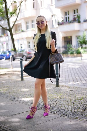 black dress style moi dress