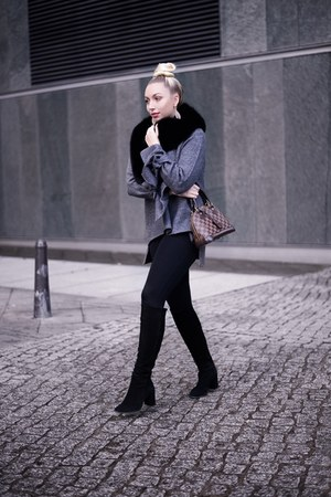 charcoal gray knit Zara jumper