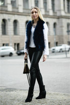 dark brown Louis Vuitton bag - navy River Island vest
