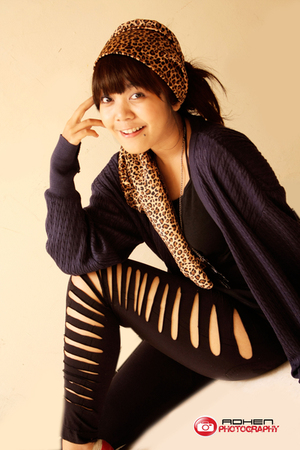 black leggings - gold scarf - gray jacket