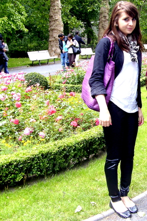 H&amp;M purse - one love leggings - H&amp;M top - H&amp;M scarf - Amisu blazer - Atmosphere 