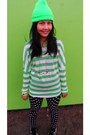 Converse-shoes-green-no-name-hat-polka-dots-tose-leggings