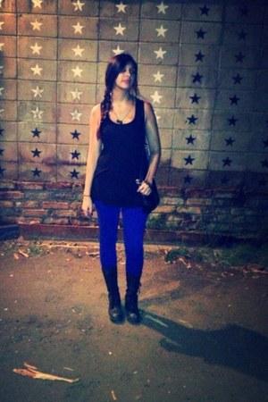 blue Calvi jeans - black Forever 21 shirt