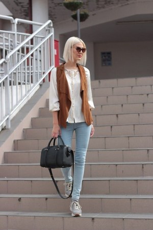 light blue pull&bear jeans - black Zara bag - burnt orange vest