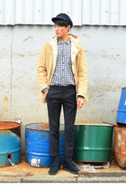 black boots Stefano rossi boots - mustard Uniqlo coat - navy vintage hat
