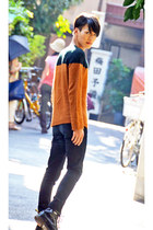 black and brown Zara sweater - 8 holes Dr Martens boots