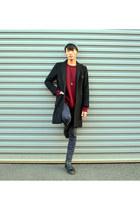 black boots Dr Martens boots - black middle length vintage coat