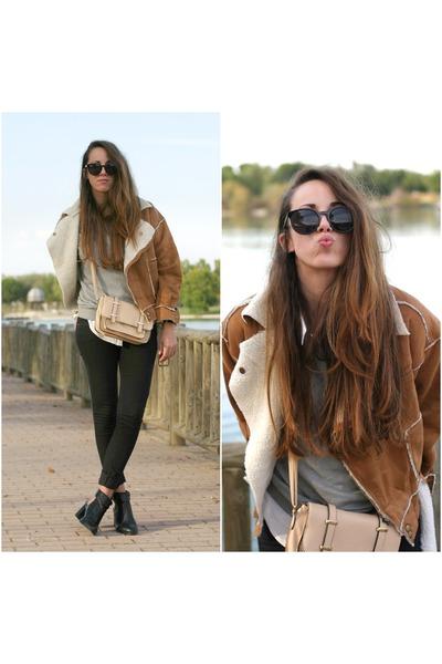 Chicwish coat - pull&bear boots - Primark bag