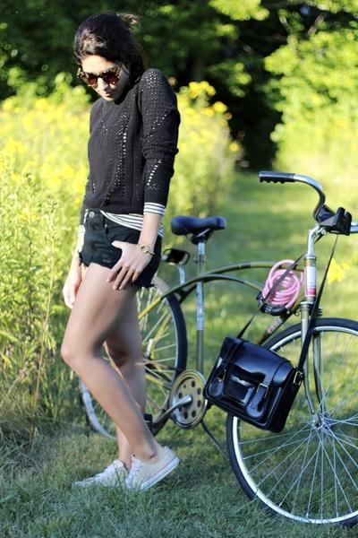 Urban Outfitters sweater - American Eagle shorts - Karen Walker sunglasses