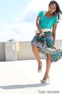 Teal-shirt-green-skirt