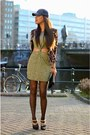 Olive-green-missguided-dress-black-zara-hat-bronze-exrellium-blazer