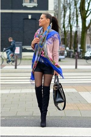 blue wool silk Luxyra scarf - black suede Unsia boots