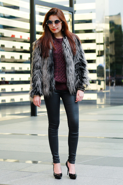 charcoal gray fur H&M coat - Topshop jeans - crimson H&M sweater - Zara belt