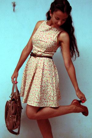 light brown c&a pumps - light yellow cotton By tamyB dress