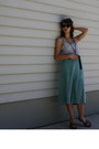 Turquoise-blue-vintage-skirt-heather-gray-bdg-top