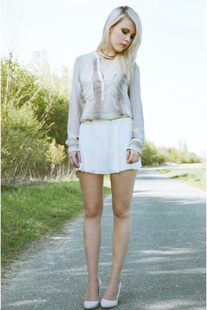 Zara shorts - white Zara blouse - Zara pumps