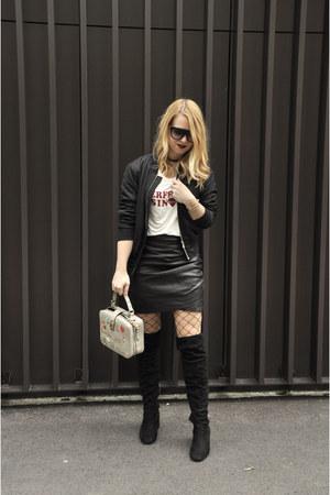 Stradivarius shirt - Bershka boots - Celine sunglasses - Zara skirt